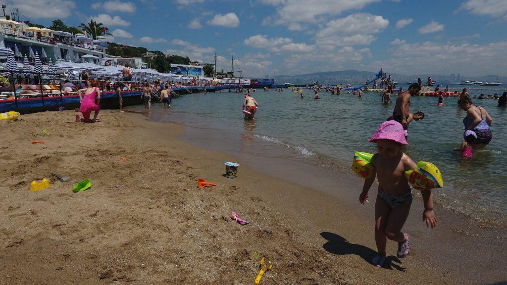 Çocuklar İçin Güvenli Plaj